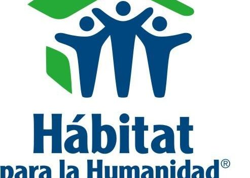 Our students at Hábitat para la Humanidad.